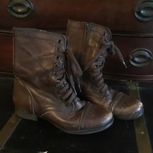 Steve Madden Troopa brown combat boots